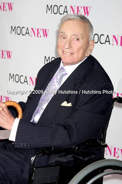 Gore Vidal.arriving at the Museum of Contemporary Art, Los Angeles 30th Anniversary Gala.MOCA Grand Avenue.Los Angeles,  CA.November 14, 2009.©2009 Kathy Hutchins / Hutchins Photo.