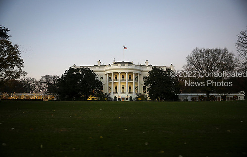 The South Lawn of the White House is seen as President Donald Trump and first lady Melania Trump participate in the 2018 National Christmas Tree lighting ceremony at the Ellipse near the White House in Washington, DC on November 28, 2018.<br /> Credit: Oliver Contreras / Pool via CNP