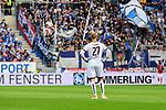 Der Mainzer Torwart Robin Zentner schaut locker dem Eckball zu<br />  beim Spiel in der Fussball Bundesliga, 1. FSV Mainz 05 - Hertha BSC.<br /> <br /> Foto &copy; PIX-Sportfotos *** Foto ist honorarpflichtig! *** Auf Anfrage in hoeherer Qualitaet/Aufloesung. Belegexemplar erbeten. Veroeffentlichung ausschliesslich fuer journalistisch-publizistische Zwecke. For editorial use only.