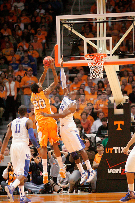The Kentucky Wildcats face the Tennessee Volunteers during the first half of the game at  the Thompson-Bowling Arena on Saturday. Photo by Zach Brake | Staff.