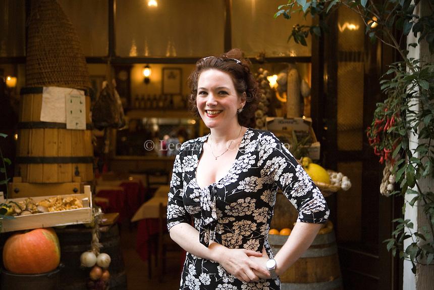 Rome, Italt, 2008. Lucy Dillon, English writer born in Cumbria. She's the author of 'The Ballroom Class' ('Lezioni di ballo', published in Italy by Garzanti).