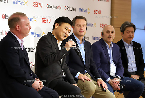 "January 26, 2018, Tokyo, Japan - Japanese online commerce giant Rakuten president Hiroshi Mikitani (2nd L) speaks while US retail giant Walmart president Doug McMillon (C) looks on as they announce a new strategic alliance on the e-commerce at the Rakuten headquarters in Tokyo on Friday, January 26, 2018. Rakuten and Walmart will launch a new online grocery delivery service ""Rakuten Seiyu Netsuper"" in Japan in this year. (Photo by Yoshio Tsunoda/AFLO) LWX -ytd-"