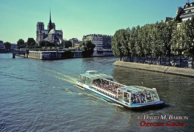 Notre Dam & The Seine River