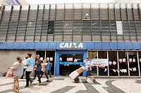 CURITIBA, PR, 15.03.2017 - PROTESTO-PR – Bancos amanhece fechados durante ato do dia nacional de paralisações e greves contra as reformas Previdenciária e Trabalhista., no centro de Curitiba (PR), na manhã desta quarta-feira (15). (Foto: Paulo Lisboa/Brazil Photo Press)