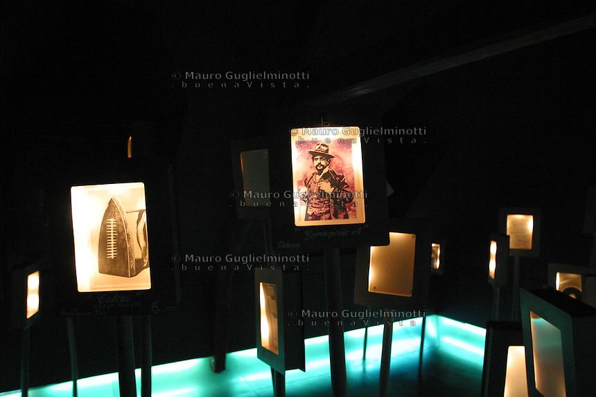 FRANCIA Honfleur Normandia Museo Maison Satie casa natale di Eric Satie compositore e pianista francese
