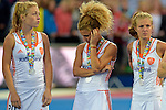 ENG - London, England, August 30: Players of The Netherlands look dejected after loosing the final of the Unibet EuroHockey 2015 geld medal match against England on August 30, 2015 at Lee Valley Hockey and Tennis Centre, Queen Elizabeth Olympic Park in London, England. Final score 2-2 (3-1 SO). (Photo by Dirk Markgraf / www.265-images.com) *** Local caption *** Laura NUNNINK #20 of The Netherlands, Maria VERSCHOOR #11 of The Netherlands, Xan de WAARD #3 of The Netherlands