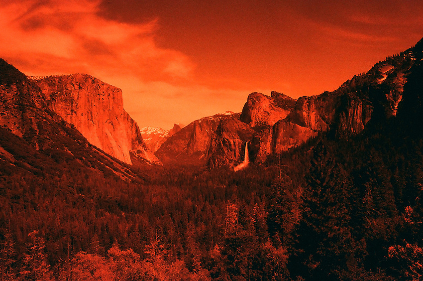 Tunnel View, Yosemite 2017, Redscale Film
