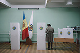 Voting station in  Chisinau, Republic of Moldova.  / Präsidentenwahl in der Republik Moldau am 30.10.2016 in Chisinau