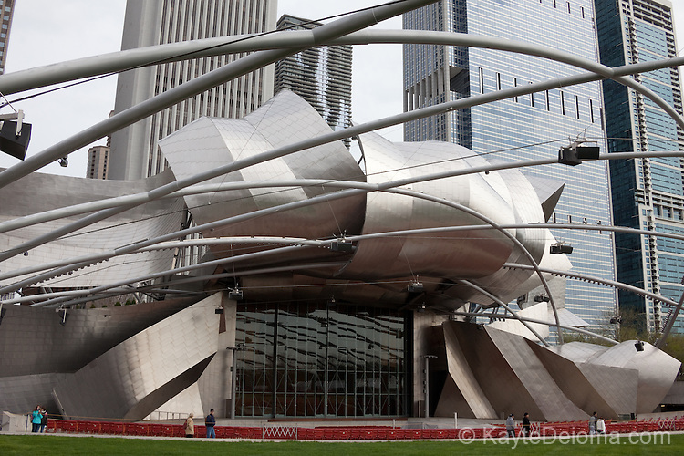 Jay Pritzker Pavilion designed by Frank Gehry at Millennium Park, Chicago, IL, USA