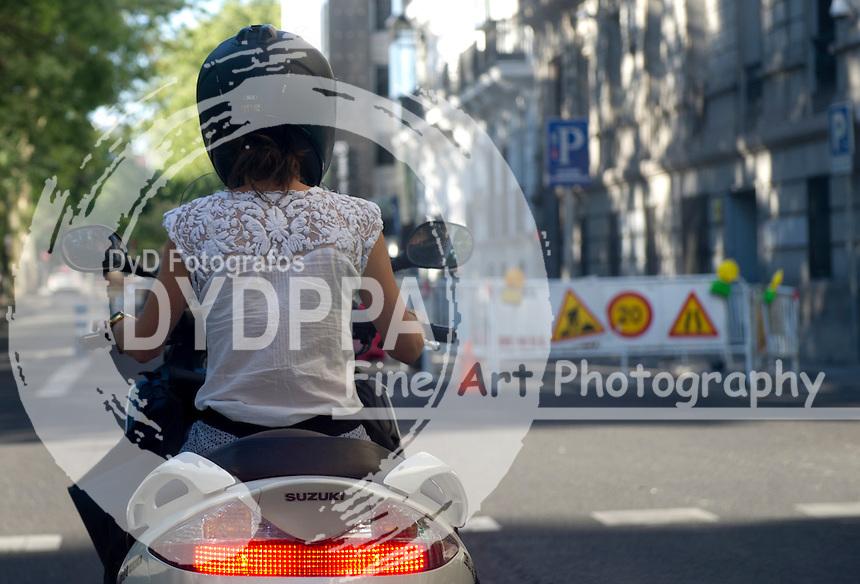 03/08/2012. Madrid. Spain.Castellana Street Ggilr on Suzuki motorcicle (C) Eduardo Dieguez/ DyD Fotografos