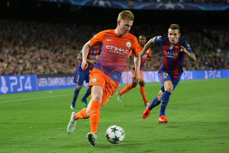 UEFA Champions League 2016/2017 - Matchday 3.<br /> FC Barcelona vs Manchester City FC: 4-0.<br /> Lucas Digne vs Kevin De Bruyne.