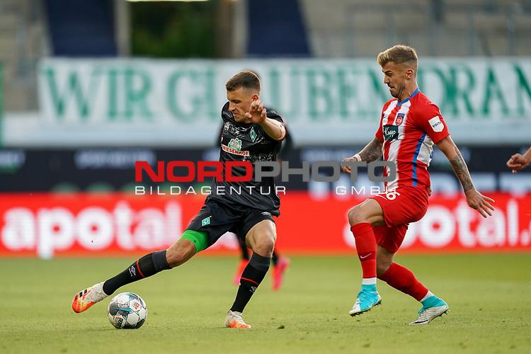 Niklas Dorsch (1. FC Heidenheim 1846 #36), Maximilian Eggestein (Werder Bremen #35)<br /> <br /> <br /> Sport: nphgm001: Fussball: 1. Bundesliga: Saison 19/20: Relegation 02; 1.FC Heidenheim vs SV Werder Bremen - 06.07.2020<br /> <br /> Foto: gumzmedia/nordphoto/POOL <br /> <br /> DFL regulations prohibit any use of photographs as image sequences and/or quasi-video.<br /> EDITORIAL USE ONLY<br /> National and international News-Agencies OUT.