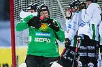 Uppsala 2014-01-12 Bandy  IK Sirius - GAIS Bandy :  <br />  GAIS Jesper Thimfors r&auml;ddar en h&ouml;rna fr&aring;n Sirius<br /> (Foto: Kenta J&ouml;nsson) Nyckelord: