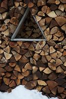 Europe/France/Franche Comté/39 /Jura/Chapelle-des-Bois: Tas de bois  à l' Écomusée de la Maison Michaud // France, Doubs, Chapelle des Bois, Maison Michaud, museum in an old farmhouse dated 17th century with tuye, woodpile