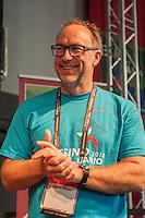 """Esino 2016 Wikimania Goes Outdoor, il primo raduno in Italia dei volontari e dei progetti Wikipedia,  dal 21 al 28 giugno a Esino Lario, 750 abitanti, sul lago di Como, la  """"Perla delle Grigne"""". Jimmy Wales presidente Wikipedia"""