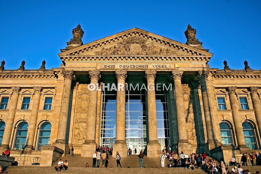 Prédio Reichstag, parlamento alemão. Berlim. Alemanha. 2007. Foto de Marcio Nel Cimatti.