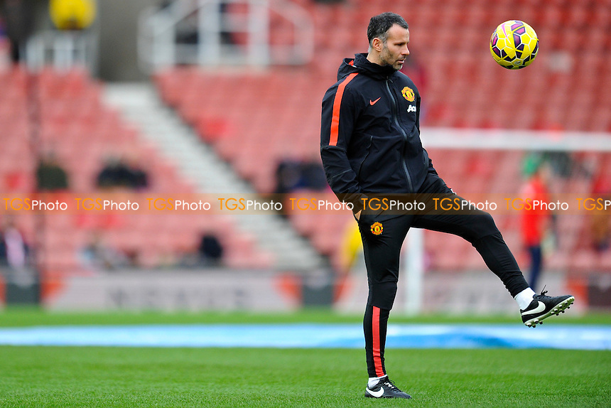 Manchester United assistant manager Ryan Giggs ahead of the match - Stoke City vs Manchester United - Barclays Premier League Football at the Britannia Stadium, Stoke-on-Trent - 01/01/15 - MANDATORY CREDIT: Greig Bertram/TGSPHOTO - Self billing applies where appropriate - contact@tgsphoto.co.uk - NO UNPAID USE