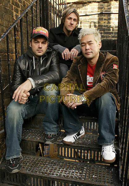 FEEDER.GRANT NICHOLAS (CENTRE).Take a break from a practice session for their forthcoming tour, London, 14th January 2005..half length sitting on steps stairs.Ref: FEE.www.capitalpictures.com.sales@capitalpictures.com.©Capital Pictures.** NO NEWSPAPER OR NEWSPAPER SUPPLEMAENT USE**