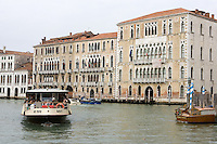 Veduta della Ca' Foscari, sulla destra, a Venezia.<br /> View of the Ca' Foscari, at right, in Venice.<br /> UPDATE IMAGES PRESS/Riccardo De Luca