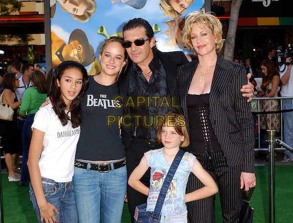 ANTONIO BANDERAS, MELANIE GRIFFITH & KIDS.Attends The Dreamworks' Shrek 2 World Premiere held at Mann Village Theatre in Westwood, California.May 8,2004.half length, half-length, family, children.www.capitalpictures.com.sales@capitalpictures.com.©Capital Pictures