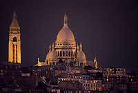 Europe/France/Ile-de-France/Paris : Montmartre et le Sacré Coeur la nuit