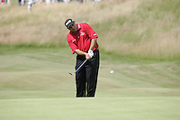 Angel Cabrera chips onto the 17th green during the 3rd round of the 2008 Open de France Alstom at Golf National, Paris, France June 28th 2008 (Photo by Eoin Clarke/GOLFFILE)