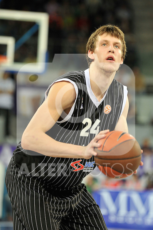 MADRID, Spain (19/01/11). Euroliga de baloncesto. Partido 1 del top 16, grupo G. Euroleague Basketball, Game 1 Top 16, Group G. Real Madrid vs Partizan MT:S..Jan Vesely...©Raul Perez .