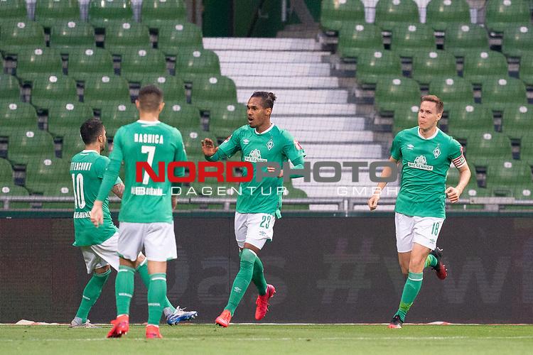Jubel 1:1 Werder Theodor Gebre Selassie (Werder Bremen #23) Leonardo Bittencourt  (Werder Bremen #10)<br /> Milot Rashica (Werder Bremen #07)<br /> Niklas Moisander (Werder Bremen #18 Kapitaen)<br /> <br /> Sport: Fussball: 1. Bundesliga: Saison 19/20: <br /> 26. Spieltag: SV Werder Bremen vs Bayer 04 Leverkusen, 18.05.2020<br /> <br /> Foto ©  gumzmedia / Nordphoto / Andreas Gumz / POOL <br /> <br /> Nur für journalistische Zwecke! Only for editorial use!<br />  DFL regulations prohibit any use of photographs as image sequences and/or quasi-video.