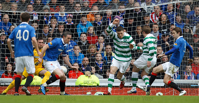 Kris Commons scores for Celtic