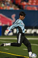 Houston Dynamo goalkeeper Pat Onstad (18). The New York Red Bulls defeated the Houston Dynamo 3-0 during a Major League Soccer match at Giants Stadium in East Rutherford, NJ, on August 24, 2008.