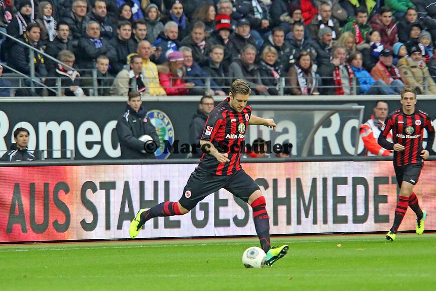 Ist Verteidiger Marco Russ (Eintracht) aus Stahl geschmiedet? - Eintracht Frankfurt vs. FC Schalke 04, Commerzbank Arena