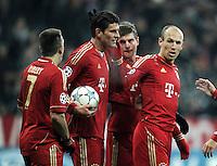 FUSSBALL   CHAMPIONS LEAGUE   SAISON 2011/2012     22.11.2011 FC Bayern Muenchen - FC Villarreal Jubel nach dem Tor zum 2:0 Franck Ribery, Mario Gomez,Toni Kroos, Arjen Robben (v. li., FC Bayern Muenchen)