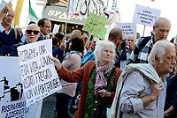 Vittime del Salva Banche protestano a Montecitorio