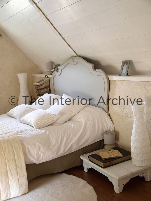 A cosy attic bedroom under the eaves
