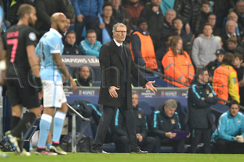 12.04.2016. manchester, England. UEFA Champions league, quarterfinals, second leg. Manchester City versus Paris St Germain.  LAURENT BLANC (TRAINER PSG)