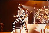 QUEEN,  LIVE 1977, 1978, NEIL ZLOZOWER