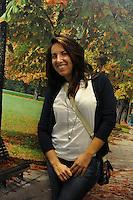 Anna Argentieri, redattrice Radio Kaos ItaLIS..AperiDeaf, aperitivi organizzati da Radio Kaos Italye Radio Kaos ItaLIS per l'integrazione tra sordi e udenti..AperiDeaf, appetizers organized by Radio Kaos Italy for the integration of deaf and hearing...