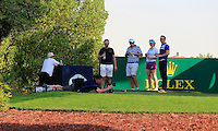 Fran Caffrey (Golffile) setting up a shot on the 18th tee during the preview for the DP World Tour Championship at the Earth course,  Jumeirah Golf Estates in Dubai, UAE,  18/11/2015.<br /> Picture: Golffile | Thos Caffrey<br /> <br /> All photo usage must carry mandatory copyright credit (© Golffile | Thos Caffrey)