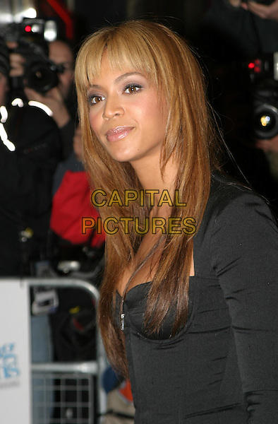 BEYONCE KNOWLES.The Fighting Temptations UK charity premiere.hair, fringe.www.capitalpictures.com.sales@capitalpictures.com.© Capital Pictures.