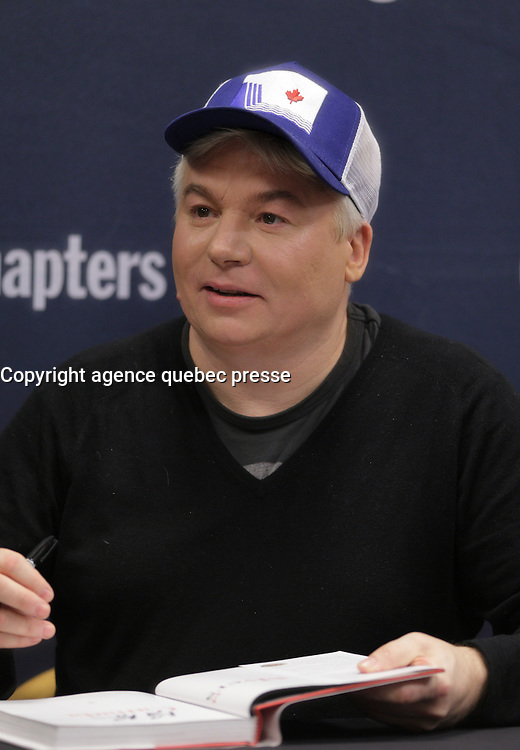 Comedy superstar, Mike Myers, as he signs copies of his hilarious and heartfelt new book, October 25, 2016 at Indigo Place Montreal Trust.<br /> <br />  Photo : Agence Quebec Presse