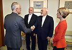 Australian Prime Minister Malcolm Turnbull, Iranian Ambassador to Australia Abdolhossein Vahaji (2L), Iranian Foreign Minister Javad Zarif (2R) and Australian Foreign Minister Julie Bishop (R) meet for talks at Parliament House in Canberraon March 15, 2016. / AFP / MARK GRAHAM