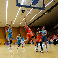 29th November 2019; Bendat Basketball Centre, Perth, Western Australia, Australia; Womens National Basketball League Australia, Perth Lynx versus Southside Flyers; Alison Schwagmeyer-Belger of the Perth Lynx drives to the basket past Aimie Clydesdale of the Southside Flyers - Editorial Use
