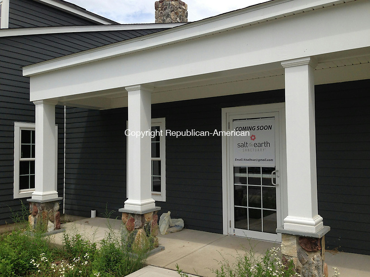 WOODBURY, CT - 24 July 2014 - 072414RH01 - An Oxford couple plan to open a salt therapy storefront business in the new Middle Quarter shopping center toward the south end of Woodbury. Rick Harrison Republican-American