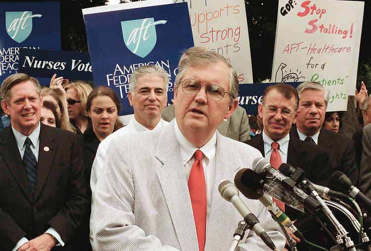 7/19/01.PATIENTS' RIGHTS--Charlie Norwood, R-Ga., speaking, during a news conference on the Senate patients' rights bill. Marion Berry, D-Ark., is at far left; Greg Ganske, R-Iowa, is second from right..CONGRESSIONAL QUARTERLY PHOTO BY SCOTT J. FERRELL