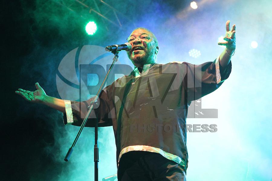 ATENCAO EDITOR: FOTO EMBARGADA PARA VEICULO INTERNACIONAL - SAO PAULO, SP, 20 NOVEMBRO 2012 - SHOW MARTINHO DA VILA - Show do cantor e compositor Martinho da Vila Fechando as comemoraçoes do dia da consciencia negra no parque do Ibirapuera na zona sul da cidade nessa terça, 20. (FOTO: LEVY RIBEIRO / BRAZIL PHOTO PRESS)