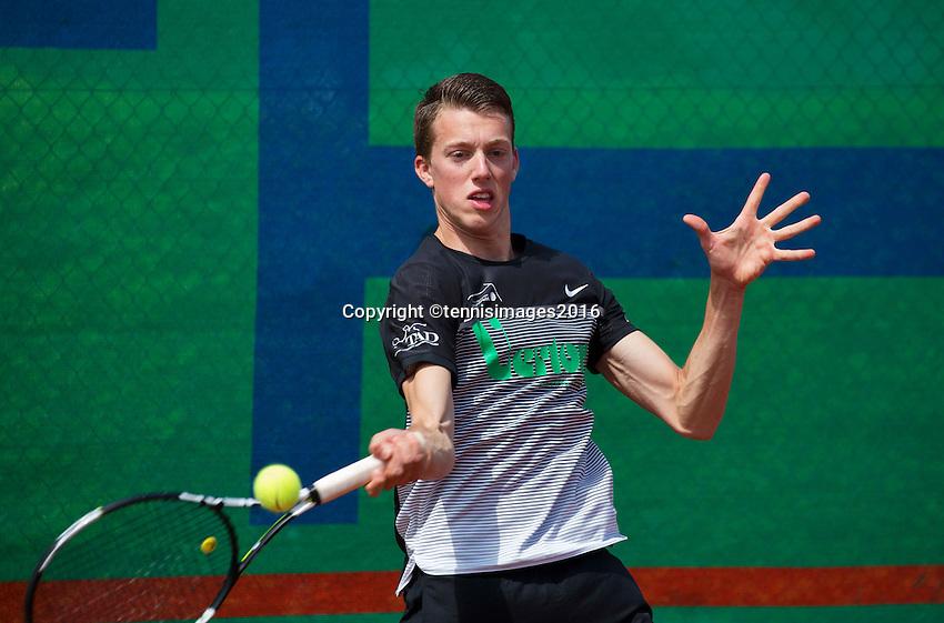 Simpeled, Netherlands, 19 June, 2016, Tennis, Playoffs Eredivisie Men, Nigel Visser team Papendrecht<br /> Photo: Henk Koster/tennisimages.com