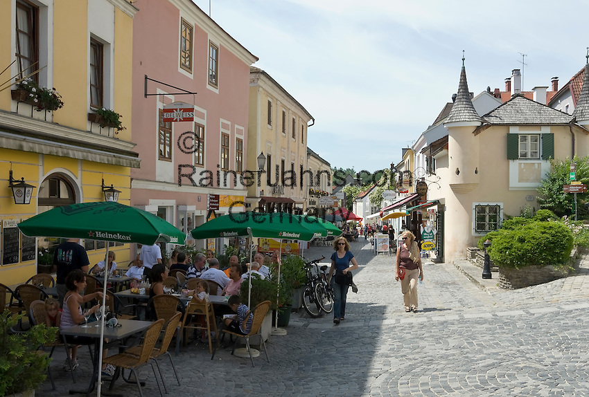 Austria, Lower Austria, UNESCO World Heritage Wachau, Melk: Old Town with cafes at Main Street