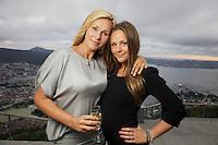 Bergen, 20100819. TV2 høstlansering.  Marthe Skappen og Dorthe Skappel. Foto: Eirik Helland Urke