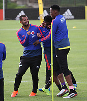 BOGOTÁ - COLOMBIA, 21-05-2019:Yerry Mina (Der) ,Edwin Cardona (Izq.) y Jeferson Lerma (Centro) jugadores de la selección Colombia de fútbol de mayores durante el entrenamiento en la  sede de la carrera 30 con calle 64,rumbo a la Copa America de Brasil 2019. / Yerry Mina,Edwin Cardona and Jefferson Lerma  players of the Colombia national soccer team during the training for the Copa America of Brazil 2019. Photo: VizzorImage / Felipe Caicedo / Staff.