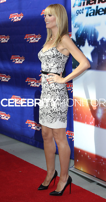 "NEWARK, NJ, USA - FEBRUARY 20: Heidi Klum at the ""America's Got Talent"" Season 9 Photo Call held at the New Jersey Performing Arts Center on February 20, 2014 in Newark, New Jersey, United States. (Photo by Jeffery Duran/Celebrity Monitor)"